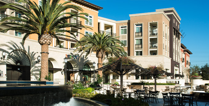 Huntington Beach_CA_Apartments_The Residences At Bella Terra